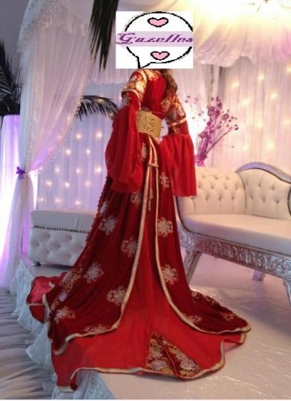 Robe rouge 1